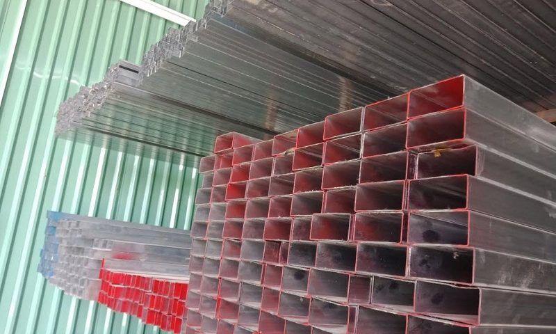 giá sắt hộp mạ kẽm 30x60