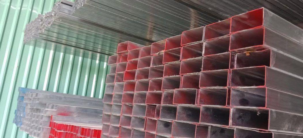 giá sắt hộp mạ kẽm 40x80